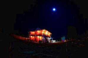 Pindaya Hotel - Pindaya Farm House at night